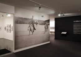 Roman Vishniac Rediscovered installation view.