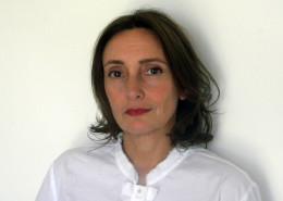 Amy de la Haye portrait