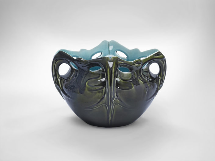 Hector Guimard Planter, c.1900 Glazed earthenware Lent by The Wolfsonian-Florida International University, Miami Beach, Florida, The Mitchell Wolfson, Jr. Collection