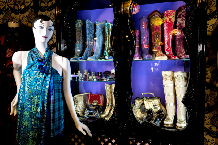 Copyright Fashion and Textile Museum 8